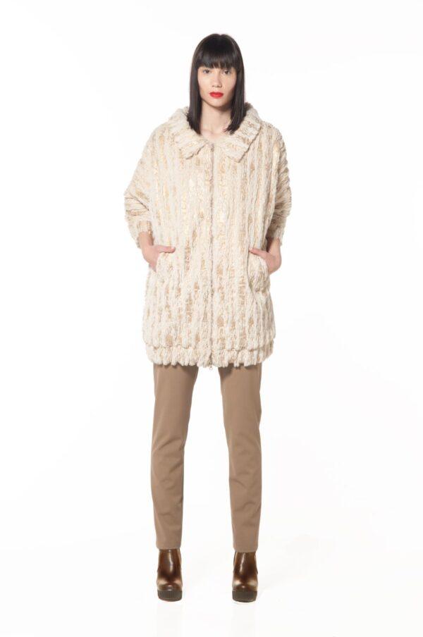 3_4 sleeves fur coat