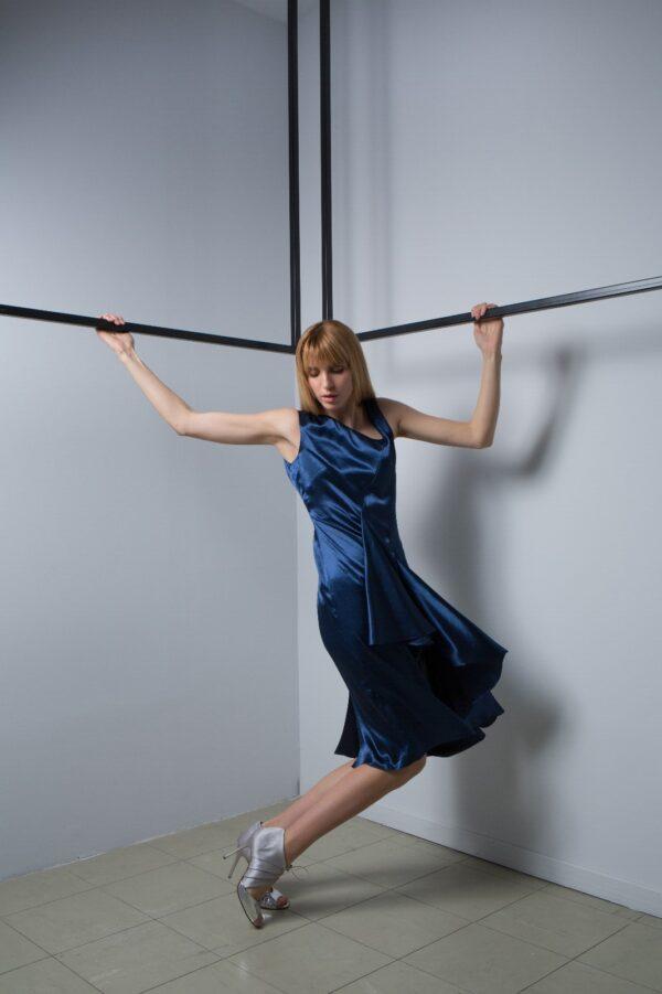 Knee Lenght Dress 3
